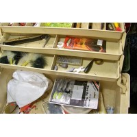 picture-fisherman-fishing-box-6-trays-3