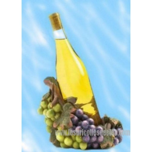 Decorative Wine Bottle Holder Enchanting Decorative Resin Grape Wine Bottle Holder  Les Bricolles De Cleo Decorating Design