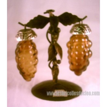 Amber Glass Salt Pepper Shaker Grapes Stand