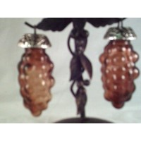 picture-amber-salt-pepper-shaker-grape-4