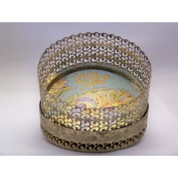 picture-round-gold-filigree-trinket-box-4
